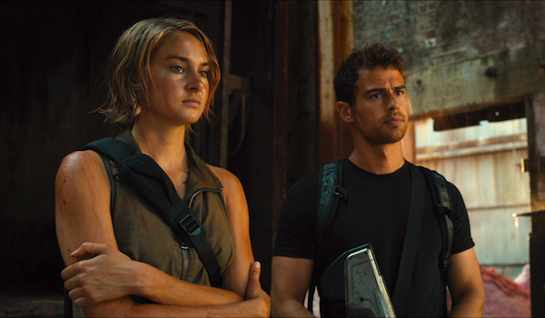 shailene-woodley-theo-james-the-divergent-series-allegiant-01-600x350