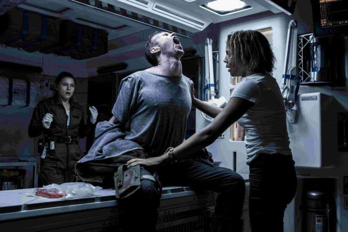 1000x667_movie12105stillsalien_covenant-3