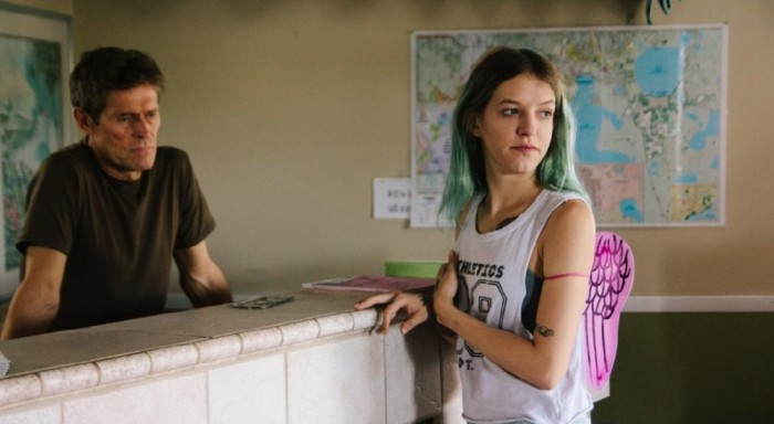 florida-project-the-2017-006-willem-dafoe-bria-vinaite-counter
